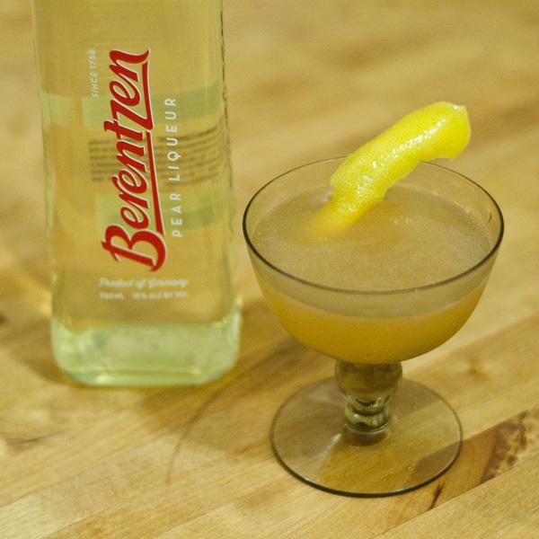 Berentzen-Pear-Promo-Shot