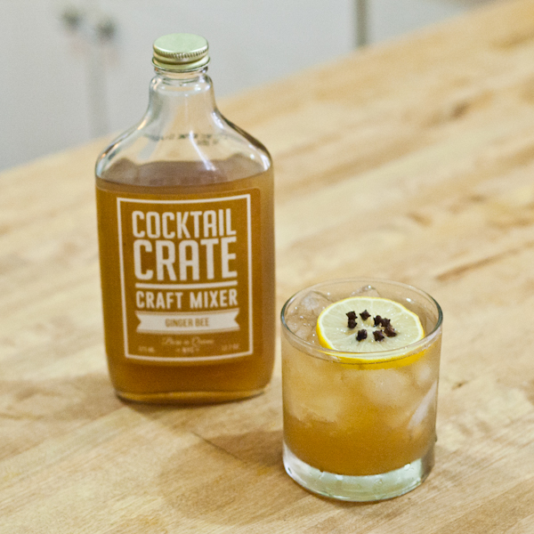 Cocktail-Crate-Labor-Day-Ginger-Bee-1